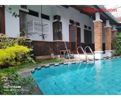 Rumah Secondary Plus Swim Poll Jatibening Bekasi