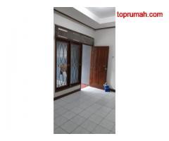 Rumah dikontrakkan belakang Hotel Blue Sky Petambu