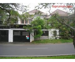 RUMAH: Large Family Home in A Great Location @ Bukit Telaga Golf - Citraland, Surabaya.