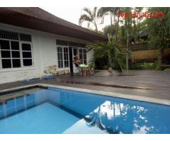 Over Kontrak murah Villa di Legian Seminyak Kuta Bali