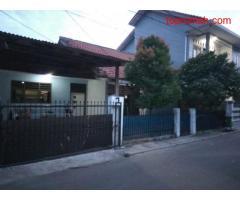 Rumah dijual di kota Bekasi, strategis di dalam komplek