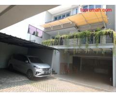 Dijual Rumah Mewah di Townhouse di Pejaten, Jakarta Selatan P0353