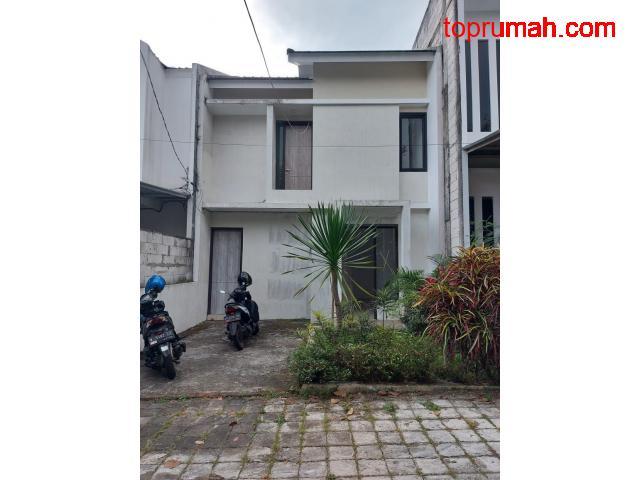 Rumah Modern Dikawasan Ellite Tana Tidar Kota Malang