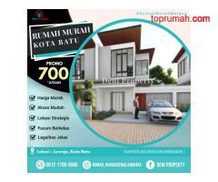 Rumah Villa Mewah di Griya Aswattha dekat Wisata Jatim Park