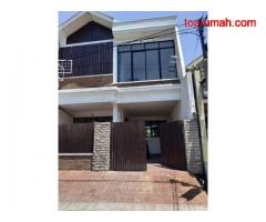 Jual Rumah Mewah SHM Daerah Tegalsari Pusat Kota Surabaya