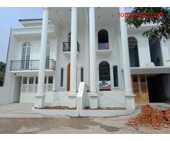 Rumah Klasik Modern Cipayung Jakarta Timur