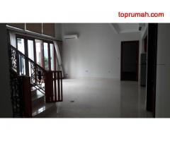 Rumah Bagus Full Renovasi Metro Pondok Indah