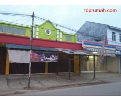 Tanah Strategis Bonus 2 Ruko +2Rumah +1Gedung di kawasan Pasar Cilamaya Karawang.