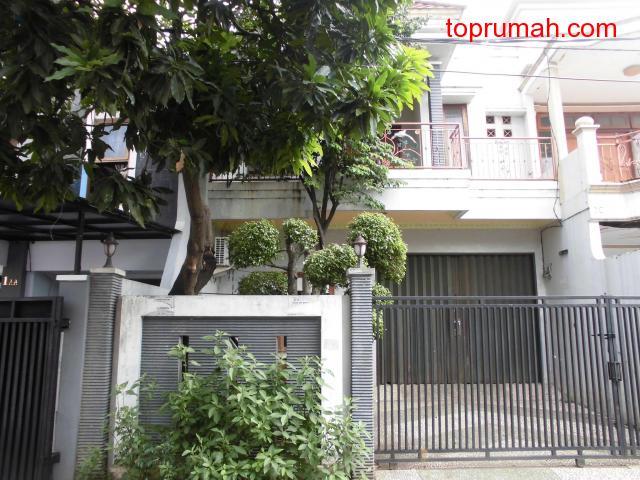 Dijual Rumah Gudang daerah Kebon Jeruk