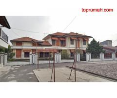Rumah 2 Lantai Lokasi Strategis Dekat Terminal dan Jalan Tol